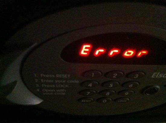 Novotel Athenes : SAFE (problèmes dans deux chambres)