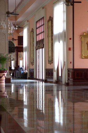 Hotel Riu Palace Riviera Maya: Riu Palace foyer