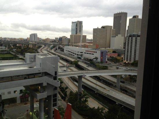 River Park Hotel & Suites Downtown/Convention Center: vista do andar onde fiquei.