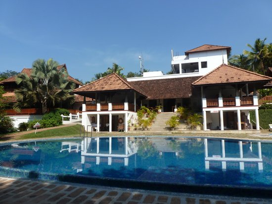 The Travancore Heritage Beach Resort: PISCINE DU TRAVANCORE HERITAGE