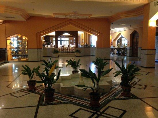 Saray Hotel: Hall y recepción