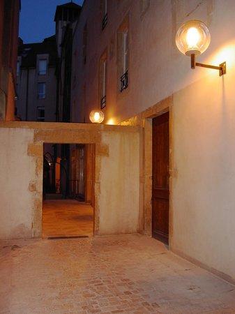 Hotel du Theatre: les extérieurs de l'Hôtel