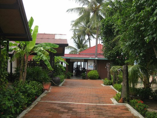 Secret Garden Beach Resort : Территория отеля