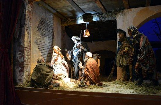 Sainte-Marie-des-Grâces (Santa Maria della Grazie) : Nativity scene