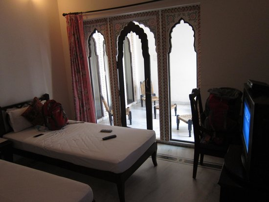 Tordi Haveli: room