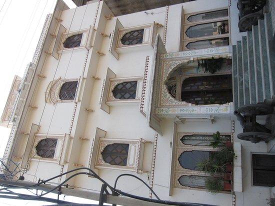 Tordi Haveli : hotel exterior