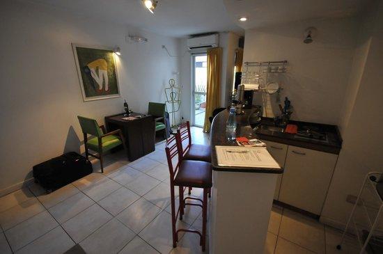Modigliani Art & Design Suites Mendoza: Room