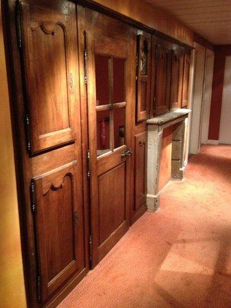 Hotel du Theatre: accès chambre