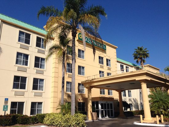 La Quinta Inn & Suites Naples East (I-75): Entrada
