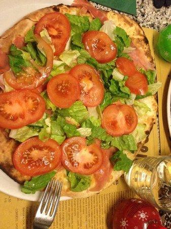 San Jacopino Trattoria Pizzeria: Focaccia della casa, buonissima