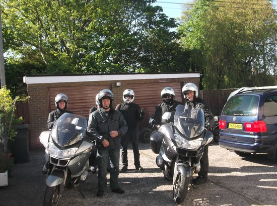 Loughside Bed and Breakfast: Motorbike Guests (secure back yard ideal for bikes)
