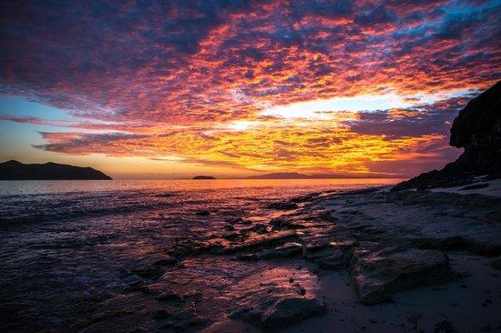 Matamanoa Island, Figi: Sunset