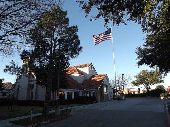 Residence Inn Dallas Las Colinas : Hotel 2