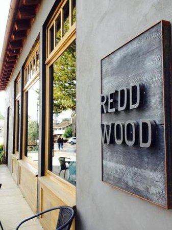 Redd Wood : amazing food! Michelin rated :)