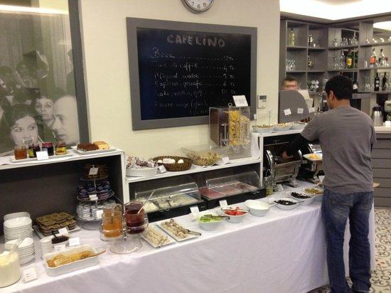 Hotellino Istanbul: Buffet de café da manhã muito bom e variado