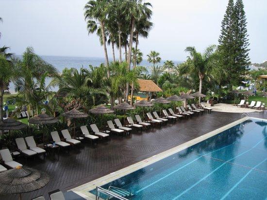 Amathus Beach Hotel Limassol: Вид из конференц-зала 2 этажа