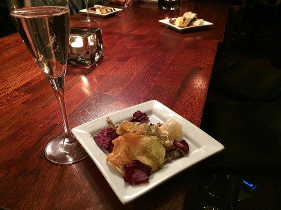 Somm Restaurant & Winebar : aperitif and appetizer