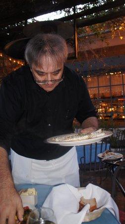 Taverna Tony: servindo o peixe