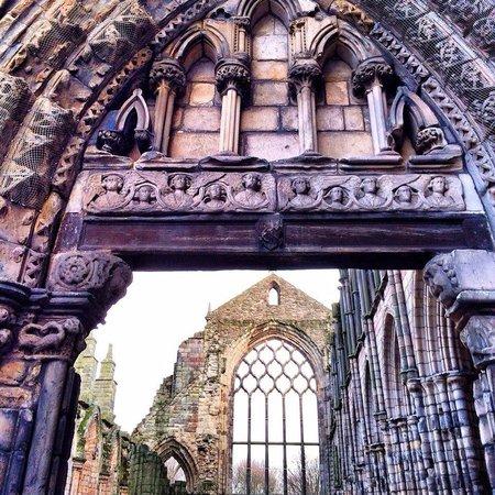 Holyrood Abbey: Abbey