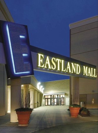 Eastland Mall. 5, likes · 18 talking about this · 12, were here. Eastland Mall is the shopping center of choice in Bloomington, IL. Featuring food, /5().