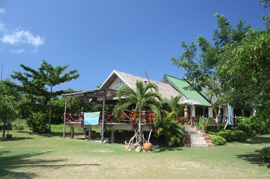 Holiday Beach Resort: Ресторан
