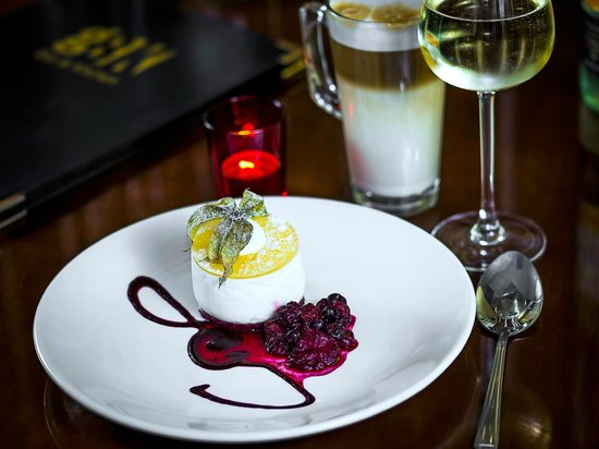 George's Bar & Kitchen: George Boutique Hotel, Limerick City