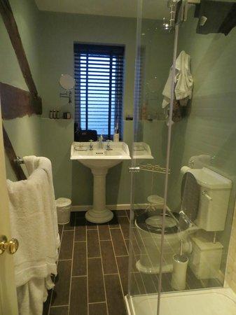 The Bridge House: Room 6 bathroom