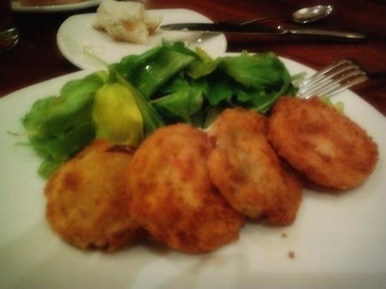 The Century Bar & Grill : fried green tomato appetizer