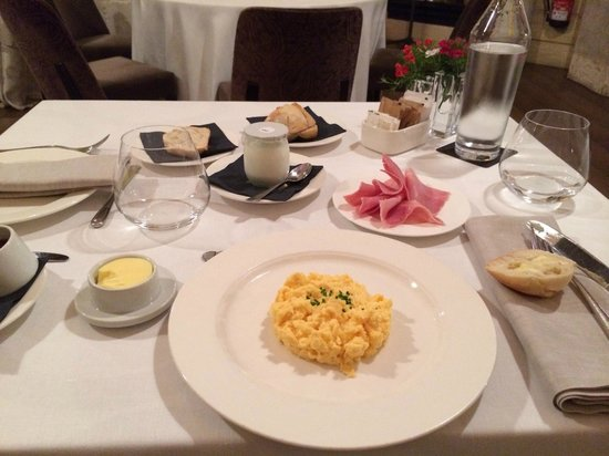 Hotel DO: Ontbijt