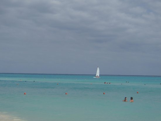Viva Wyndham Maya : la playa del hotel