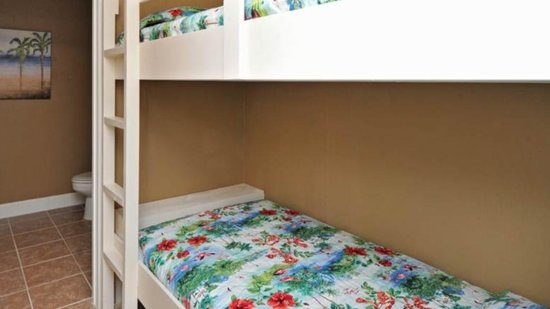 Tidewater Beach Resort : Bunk beds for the kids!