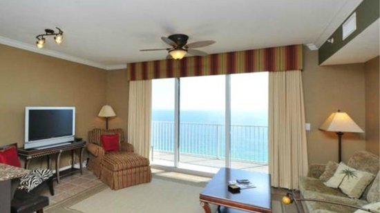 Tidewater Beach Resort: Living Room and Balcony
