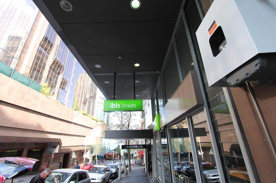 Ibis Budget Auckland Central: Main entrance