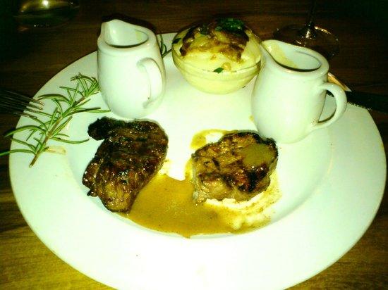 Jemima's Restaurant: Tandem of Ostrich and Venison