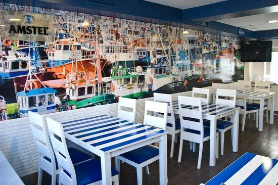Restaurante Luzmela: Comedor interior