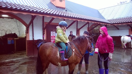 Denny, UK: Pony Trek and a very happy little girl even in the rain