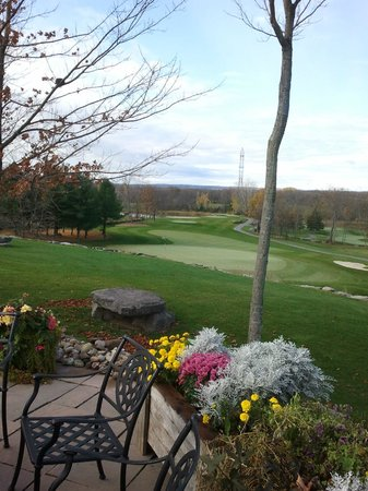 Black Bear Ridge Golf Club : Amazing condition for late October