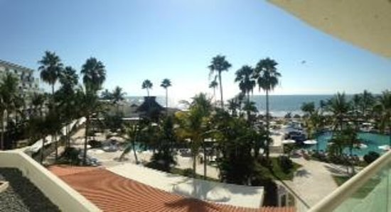 Hard Rock Hotel Vallarta: View from 4th floor room