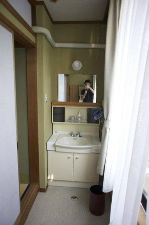 Sumiyoshiya : dettaglio della camera - il lavabo