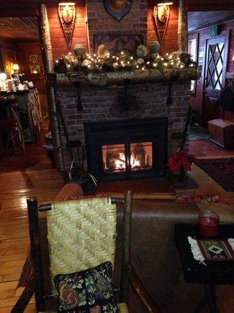Stagecoach Inn: living room