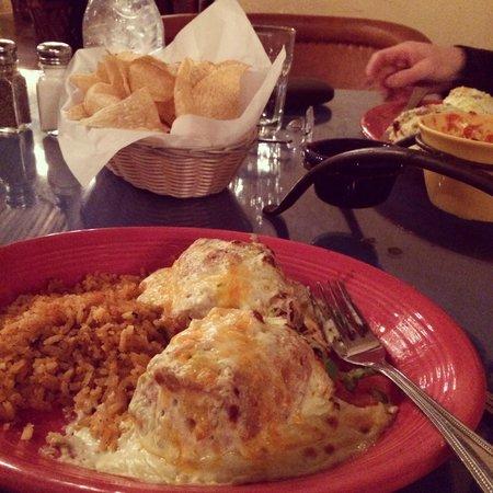 El Encanto: Pollo Fundido -- this was the smaller portion offered!