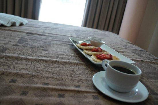 Hotel Castropol: Desayuno en el cuarto para empezar el día