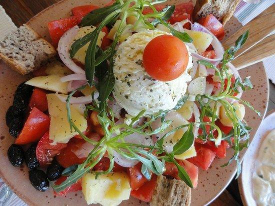 Gramboussa: Salad