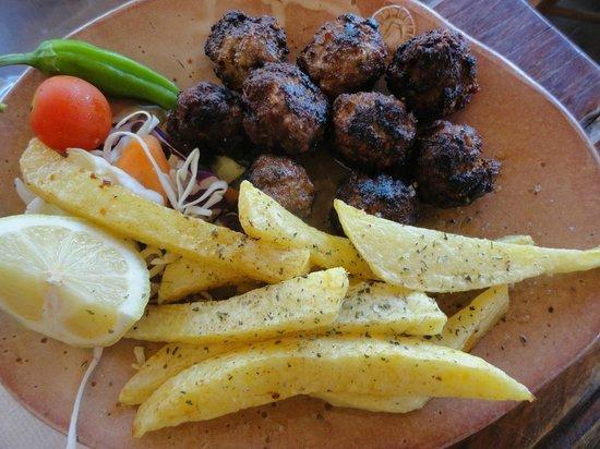 Gramboussa: meat balls