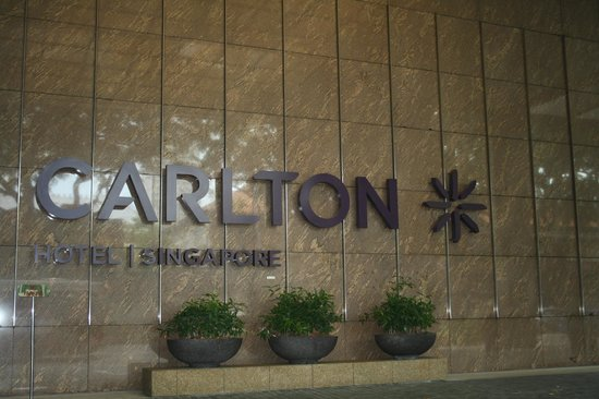Carlton Hotel Singapore: CARLTON - the name says it all