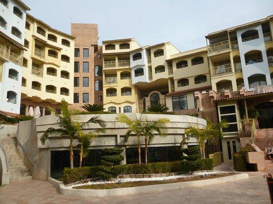 Limak Arcadia Golf & Sport Resort: Hotel achterzijde