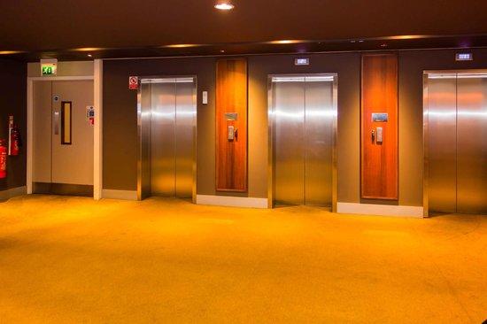 Novotel London ExCeL: Fahrstuhl