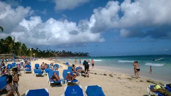 Punta Cana Princess All Suites Resort & Spa: La playa del hotel