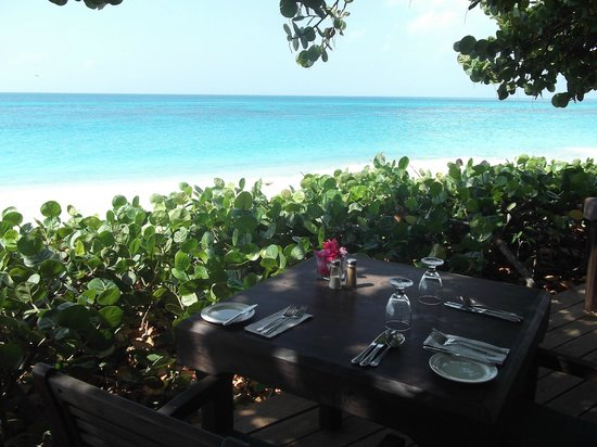 Keyonna Beach Resort Antigua: The Lunchtime View
