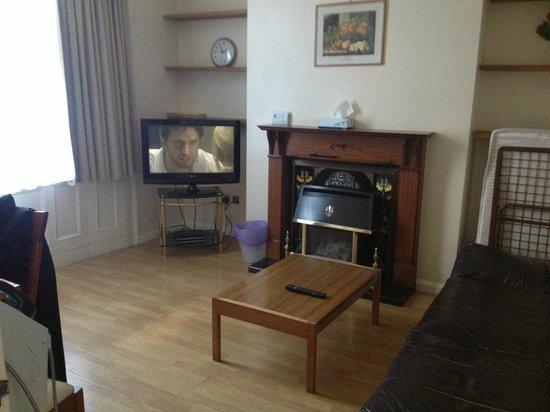 Jesmond Dene Hotel: Living room in the 2 bd flat